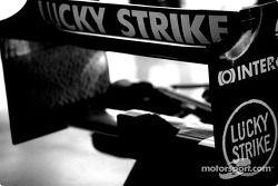 L'aileron arrière de la BAR-Honda 006