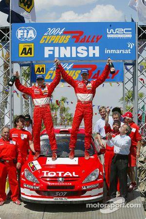 Podium: winners Marcus Gronholm and Timo Rautiainen