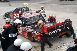 Pit stops for Bang Racing's Mike Skinner and Travis Kvapil