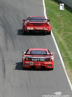 La Porsche GT3 Cup n°36 du TPC Racing (Michael Levitas, Randy Pobst, Scott Maxwell) et l'Acura NSX n°62 du Honda of America Racing Team (Pete Halsmer, John Schmitt)