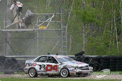 L'Audi S4 n°04 du Istook/Aines Motorsport (Anders Hainer, Don Istook), en tête, se crashe tôt dans la course