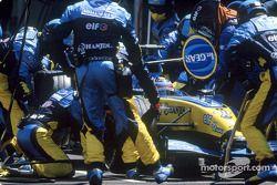 Arrêt au stand de Fernando Alonso