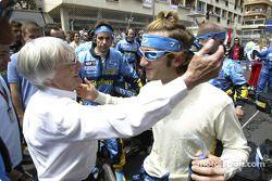 Bernie Ecclestone et Jarno Trulli sur la grille de départ