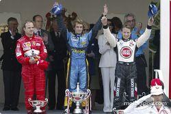 Podium : le vainqueur Jarno Trulli avec Jenson Button et Rubens Barrichello