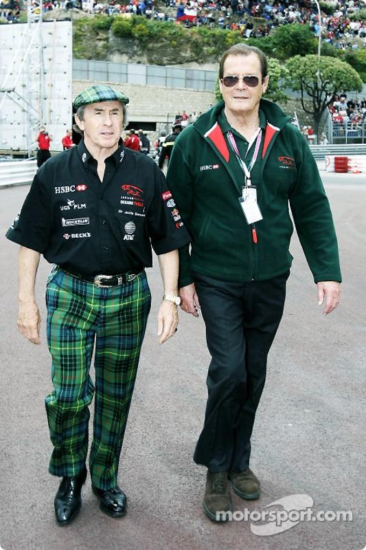 Jackie Stewart und Roger Moore