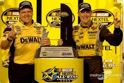 Victory lane: Matt Kenseth and crew chief Robbie Reiser