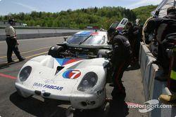 La BMW Fabcar n°7 du Southard Motorsports (Shane Lewis, Vic Rice, Steve Southard) aux stands