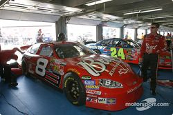Dale Earnhardt Jr. Dans le garage