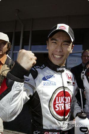 Takuma Sato kutlama yapıyor first line qualifying
