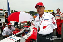 Başkanı, Toyota Motor Corporation Fujio Cho