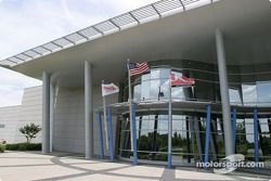 Visit of Hendrick Motorsports: building of #24 and #48 teams