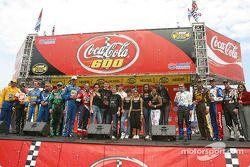 Les American Idols avec des pilotes de NASCAR