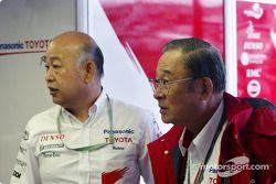 Fujio Cho et Toshiro Kurusu