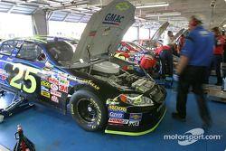 Le garage de la Chevrolet GMAC n°25