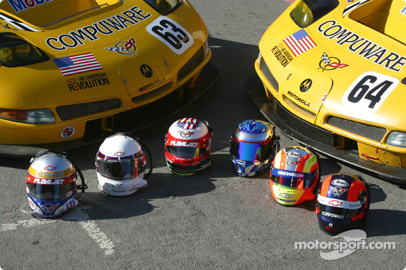 2004: Corvette Racing drivers helmets