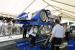 La Lola Judd de l'Intersport Racing sur la première scène