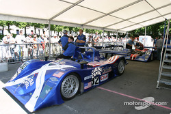 Les Lola Judd de l'Intersport Racing sur la première scène