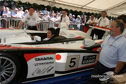 L'Audi R8 d'Audi Sport Japan Team Goh sur la première scène