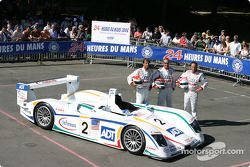 Team photo: Champion Audi R8 with drivers Emanuele Pirro, JJ Lehto, Marco Werner