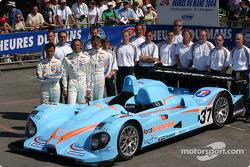 La Courage AER du Paul Belmondo Racing avec l'équipe et les pilotes Paul Belmondo, Claude-Yves Gosselin, Marco Saviozzi