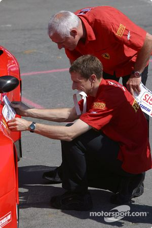Prodrive Racing Ferrari 550 Maranello cars approved after scrutineering
