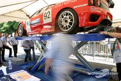 La Ferrari 360 Modena n°92 du Cirtek Motorsport sur la première plateforme