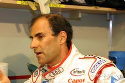 Emanuele Pirro explique le comportement de l'Audi R8