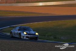 La Porsche 911 GT3 RSR n°87 du Orbit Racing (Leo Hindery, Marc Lieb, Mike Rockenfeller)