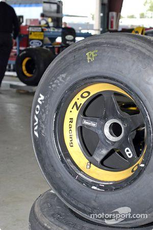 Des pneus de Benetton B191