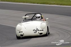 Porsche 356 in turn 7