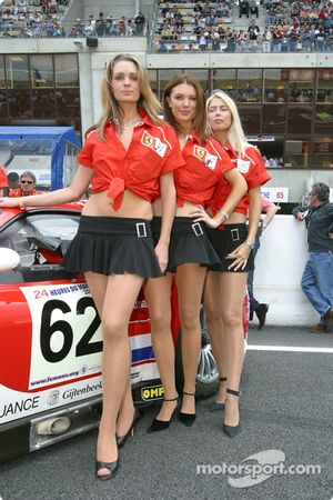 The lovely Barron Connor Racing girls