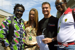 David Coulthard with Simone and friends