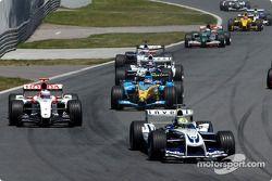 Arrancada Ralf Schumacher líder del grupo