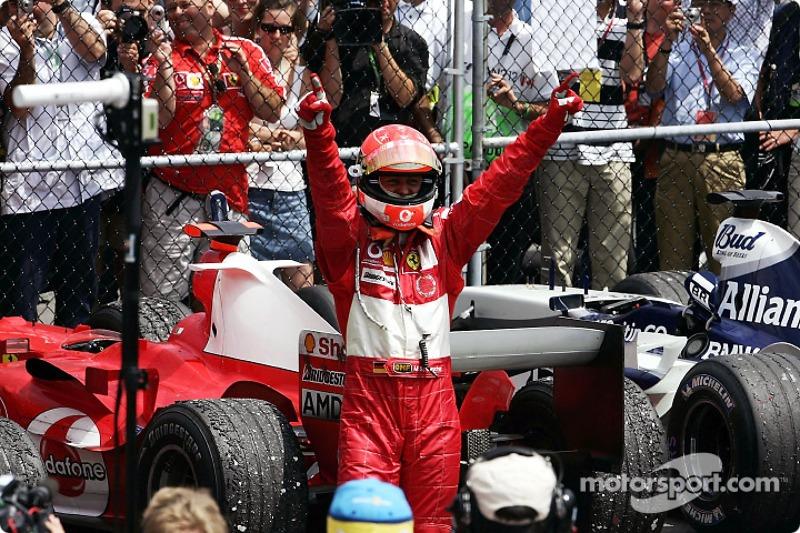 Maior número de vitórias no ano é de Schumi: 13 em 2004
