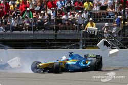Choque de Fernando Alonso