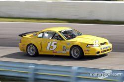 La Mustang Cobra n°15 de Corey Rudi et David Brown