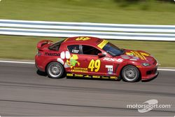 La Mazda RX8 n°49 de Mark Eaton et Frank Howard