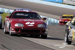 La Toyota Supra n°86 de Bob Henderson et Chip Herr