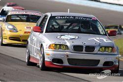 La BMW 330ci n°72 de Steve Olsen, Tim Probert et John Muson