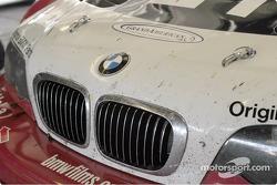 Un nez de BMW après la course