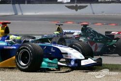 Start: Christian Klien collides ve Felipe Massa