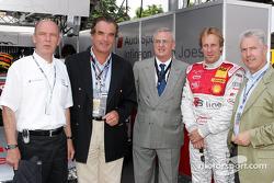 Audi-Sportchef Wolfgang Ullrich, Ralph Weyler, Martin Winterkron, Frank Biela und Werner Mischke