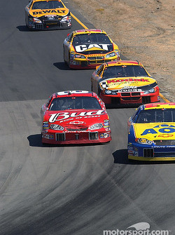 Dale Earnhardt Jr. dépasse Jim Inglebright