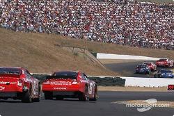 Jeremy Mayfield et Dale Earnhardt Jr.