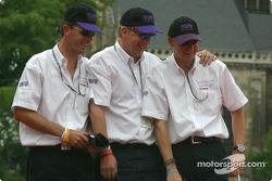Lawrence Tomlinson, Nigel Greensall et Gareth Evans