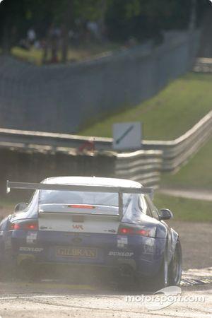 #75 Thierry Perrier Porsche 911 GT3 RS: Ian Khan, Nigel Smith, Tim Sugden goes wide