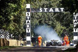 Cristiano da Matta en action avec sa Lola Toyota B2/200 Champ Car de 2002 de l'équipe Newman/Haas