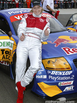 Claudia Pechstein with the Audi race taxi