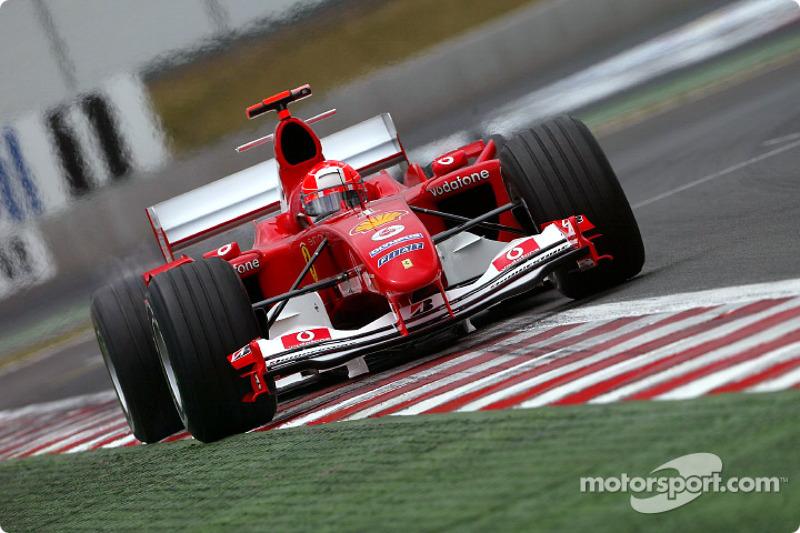 Mit dieser Vollgasstrategie kauft Schumacher Alonso den Schneid ab