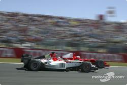 Takuma Sato y Rubens Barrichello